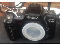 Minolta dynax 700si 35mm film camera