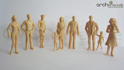 8 x stehende Modell Figuren, unbemalt, für Modellbau 1: 25 und LGB Spur G