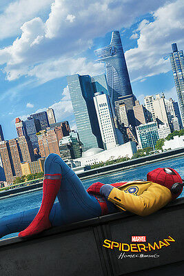 SPIDER-MAN: HOMECOMING - MOVIE POSTER / PRINT (TEASER STYLE / SPIDEY CHILLING)