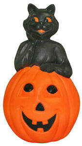 New Cat On Pumpkin Blow Mold Lighted Plastic Yard