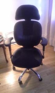 LEATHER OFFICE CHAIR - EXCELLENT CONDITION!!