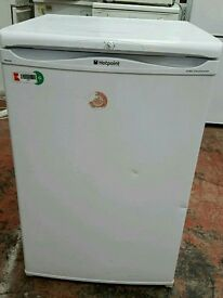 Hotpoint undercounter fridge freezer