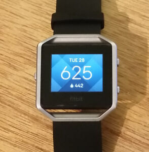 FITBIT BLAZE EXC CONDITION, LARGE BAND - INCL BOX ^ CHARGER