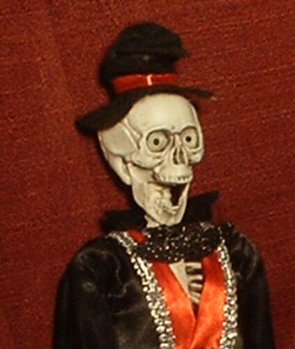 "HAUNTED Creepy Groom Skeleton doll ""EYES FOLLOW YOU"" Halloween prop"