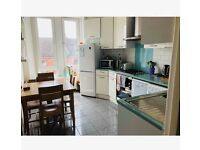 Two Bedroom Flat to rent in Glasgow's West End