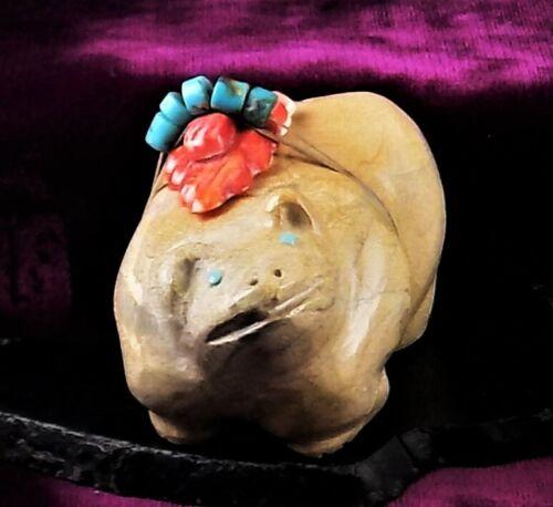 ZMT New, Zuni Bear Fetish by Hayes Leekya - Zuni Travertine stone