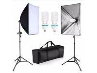 Softbox lighting kit with carry case and bulb