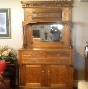 Beautiful Buffet and hutch from 1920's
