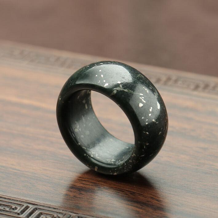 Fine China Hetian Black Green Jade Hand Grinding Jewelry Men