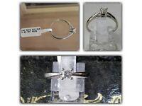 Diamond Solitaire Princess Cut white gold ring