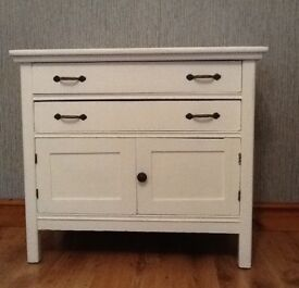 WHITE CUPBOARD UNIT WITH 2 DRAWERS