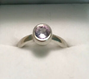 Lilac sapphire 14k white gold ring