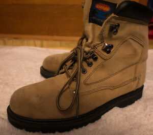 LEATHER STEEL TOE WORK BOOTS HARDLY USED LOW PRICE QUICK SALE