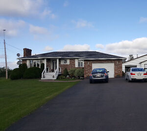 AMAZING PROPERTY - ATTACHED GARAGE - 39 ACRES