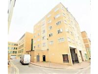 2 Bedroom 3rd Floor Flat to Rent in SLOUGH TOWN CENTRE SL1 for £1195 per month