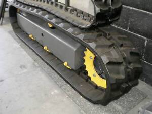 Bolt-on Rubber Pads to suit Excavators with 300mm Steel Grousers North St Marys Penrith Area Preview