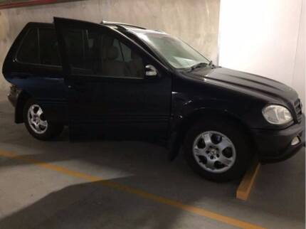 2003 Mercedes Benze ML350, 7 Seaters, Auto, Petrol, Lady Owner