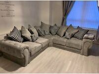 BRAND NEW LUXURY 5 SEATER VERONA CHESTERFIELD CORNER AND 3+2 SOFA SET AVAILABLE ORDER NOW