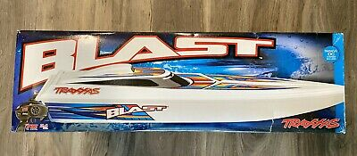 Traxxas Blast Electric RC Race Boat 1:10 w/ID Battery & Quick Charger RTR