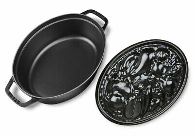 Staub cast iron 4.25-quart Vegetable Cocotte black -