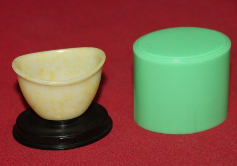 Colt Firearms Factory Green Eyecup 1940s Eye wash cup Very Rare