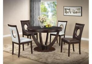 Round Dinning Table With Glass Insert & 4 Chairs (KW1105)