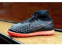 Nike Magistax Proximo ii tf - Astro Football Boots Size 12