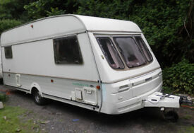 SWIFT ALOUETTE 5 BERTH, LIGHTWEIGHT, SPACIOUS CARAVAN