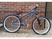 Custom Dirt Jump Mountain Bike - Specialised, Manitou, Halo, Hope, FSA, Gravity