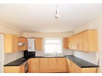 NEWLY REFURBISHED 4 DOUBLE BEDROOM HOUSE WITH TWO BATHROOMS IN CROYDON ** WALK TO MAYDAY HOSPITAL **