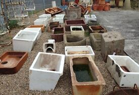 Reclaimed sink, ideal as planter