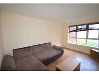 Large 4 double bedroom flat in Dagenham only 7 minutes from Dagenham Station! Part Dss Considered!