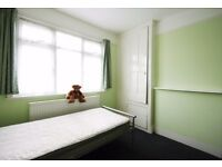 NW10 - 2 Bed Flat for Rent - Close to Dollis Hill Jubilee Line Station - Ideal for Professionals
