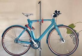 "Beautiful ""Avenue"" city bicycle bike"