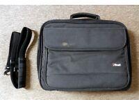 Trust Laptop Bag with Shoulder Strap