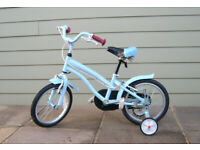 Childs Bike with stabilizers - Free to collect