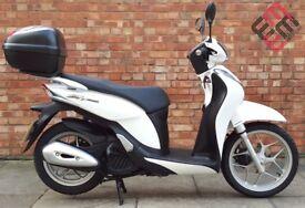 Honda SH Mode 125 (64 REG), condition with 400 miles