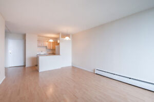 2 Bedroom with Spectacular Views!  Perfect For Students!