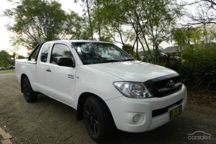 2011 Toyota Hilux Bow Bowing Campbelltown Area Preview