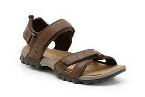 b4a800c567b25b Men s Clarks Sandals