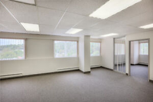 SMALL OFFICE SPACE FOR LEASE IN BEDFORD