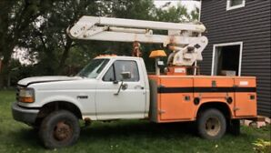 1995 Ford Bucket Truck
