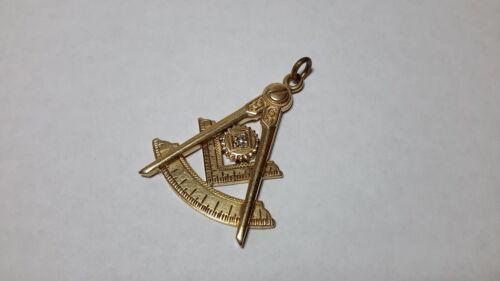 Vintage 10K Gold Masonic Masons Worshipful Master 1929 Medal Badge Pendant Named