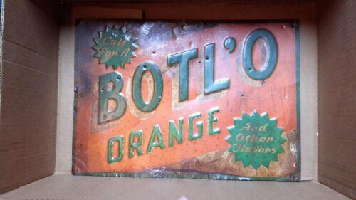 Vintage Embossed Botl