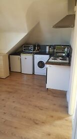 1 bed flat to rent all bills inclusive except council tax available now, no agents please.