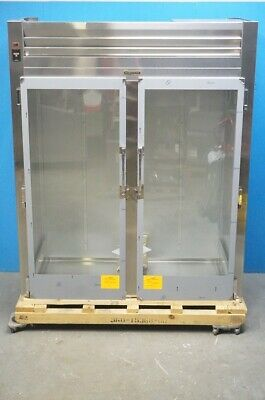 New Traulsen Two Section Glass Doors Roll-in Refrigerator Model Ari232lut-fhg