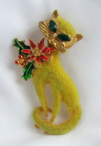 Vintage Fuzzy Flocked Christmas Poinsettia Cat with Rhinestone Eyes Pin Brooch