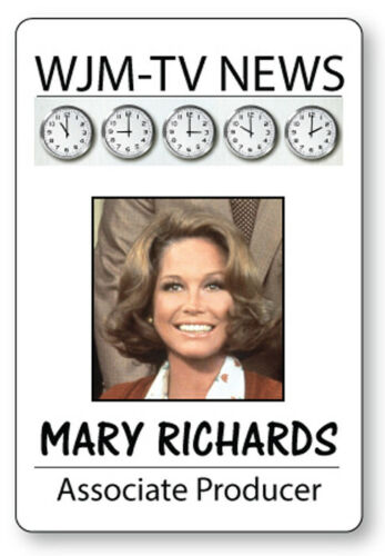 MARY RICHARDS  MARY TYLER MOORE SHOW NAME BADGE HALLOWEEN COSPLAY MAGNET BACK