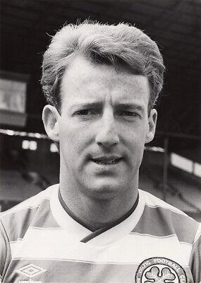 Tommy Burns, Glasgow Celtic, vintage 7x5 inch press photo dated 1986-87 season.