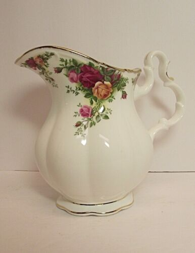 EXCELLENT Royal Albert Old Country Roses Lg 32 Oz Water Pitcher Ewer England